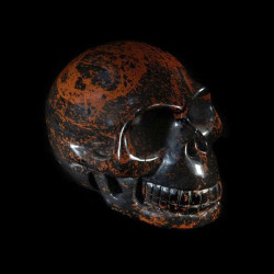 mahonie obsidiaan schedel