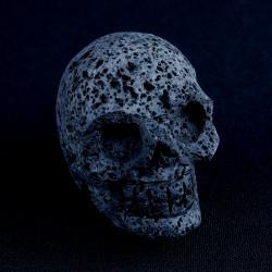 Lavasteen schedel